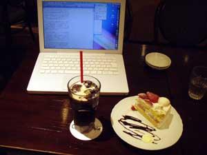 MacBook@某喫茶店
